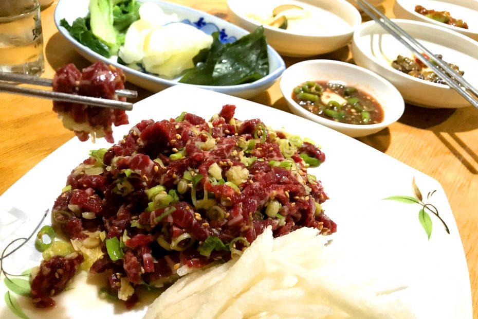 쇠전뭉티기 경주터미널 맛집 3 raw beef & steam bone beef 육회,육사시미,육회비빔밥